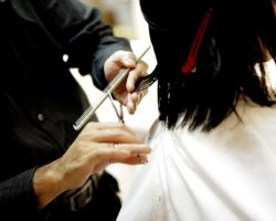 5 Myths That Are Told to You in a Beauty Salon: Don't Believe It!