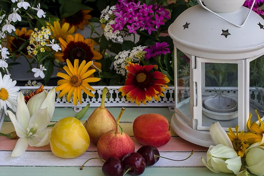 How to Extend the Life of a Flower Bouquet still life flowers fruit pears1