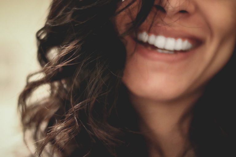 What You Need To Know Before You Have a Teeth Whitening Procedure beautiful smile