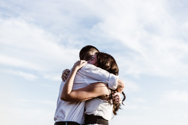 How To Restore Trust In a Relationship? healthy and happy relationship