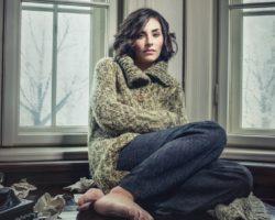 Cozy, Trendy And Warm: Wear Oversized Knitwear For Autumn